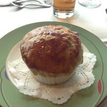 コンソメスープパイ包み焼き