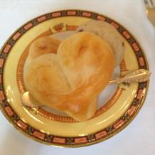 ハート型のパン