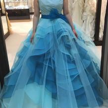 変わったドレス