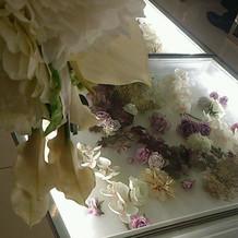 挙式会場のお花が可愛かったです。