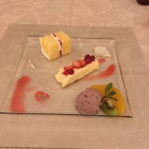 デザート*ケーキ、パルフェ、アイス添え