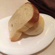 自家製ミルクパンとハチミツパン