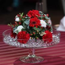 テーブル装花(赤、グリーン)