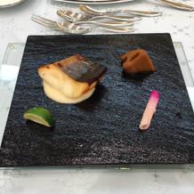 季節の鮮魚の西京焼きです。
