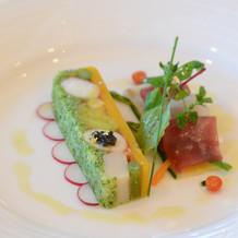 タラバ蟹と野菜のブレッセ