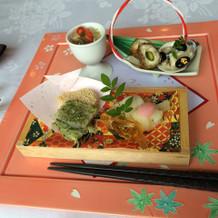 和風の見た目も鮮やかな前菜です