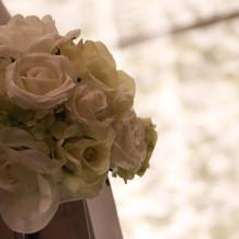 式場ウエディングロードサイドの花束