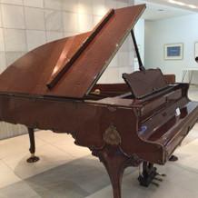 ロビーに飾られているピアノ