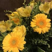 季節の花束 両親はプレゼントしました
