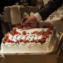 署名スタイルのケーキ