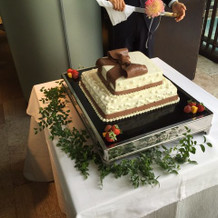 リボン付きのイメージ通りのケーキ