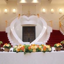 可愛いハート階段
