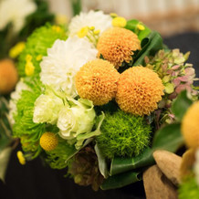 メインテーブル装花拡大写真です