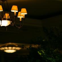 披露宴会場のシャンデリア