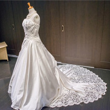 栃木県からやってきたドレス!