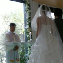牧師さんは日本人の方でした