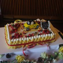 自慢のウェディングケーキ