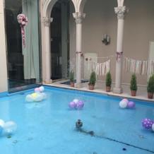 プールの演出の一例