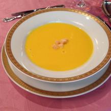 はじめのスープもすごくおいしかったみたい