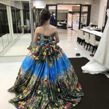 蜷川実花さんデザインのドレス!
