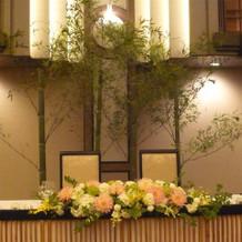 披露宴会場も竹で和風アレンジ!