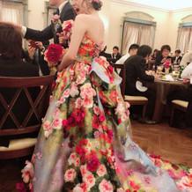 桂由美のドレスです
