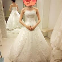 決定ウエディングドレス。
