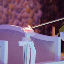 挙式中、アロマキャンドルの演出。