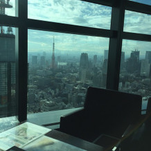 窓から見える東京タワー