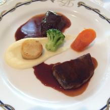 牛フィレ肉と牛ホホ肉の赤ワイン煮