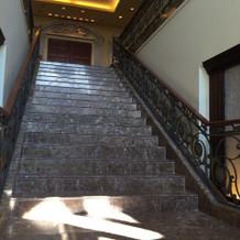 チャペル下の階段