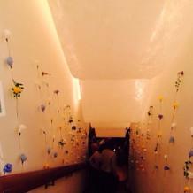 チャペルへ向かう階段の装飾