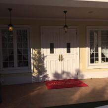 入口のドアです。綺麗でした。