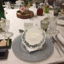 食卓の飾り