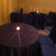 ゲスト待合室テーブル