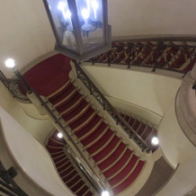 螺旋階段 ドレスの撮影ができる
