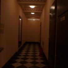 トイレ前の床がカワイイ