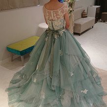 カラードレスの候補