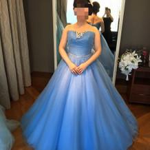 シンデレラのドレス試着