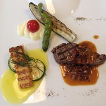 魚、肉、野菜メインプレート