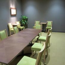 親族控室  少し狭い部屋がもう1部屋ある
