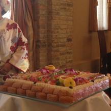 子供用に稲荷寿司も並べてもらいました