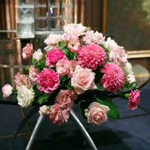 フェアリーイリュージョンのテーブル装花
