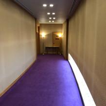 神殿前廊下