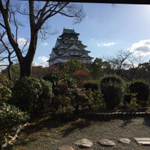 茶室のお庭から眺める大阪城