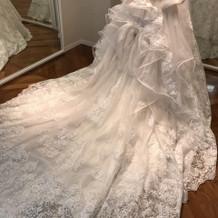 人気のドレスみたいです。