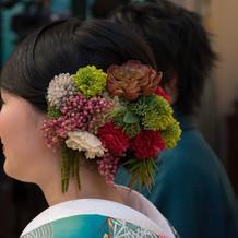 お花屋さんに頼んだ和装の髪飾り