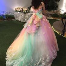 テーマにぴったりのドレスに出会えました♪