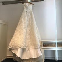 ウェディングドレスです。
