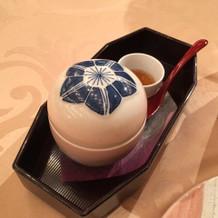 会食会での和食 ほうじ茶プリン
